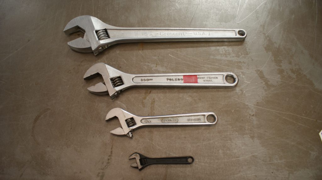 Adjustable wrench selection