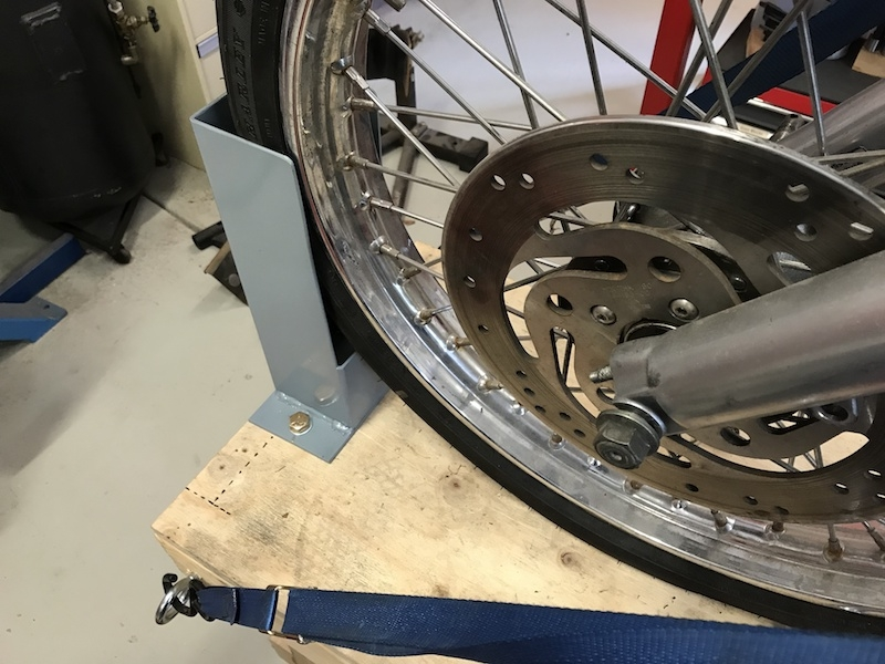 bike wheel chock 2